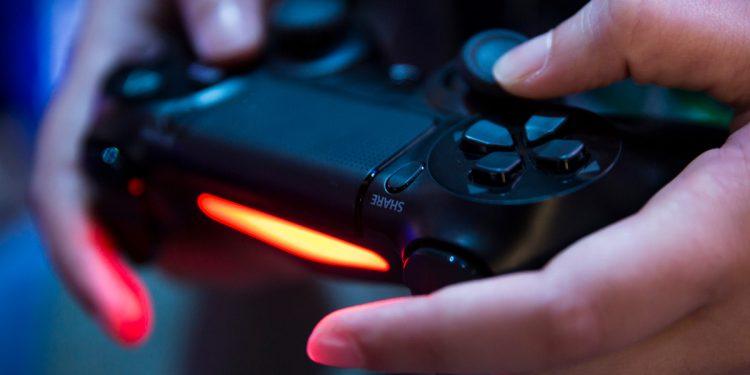 Sony PlayStation 4 Hala Alınır mı?