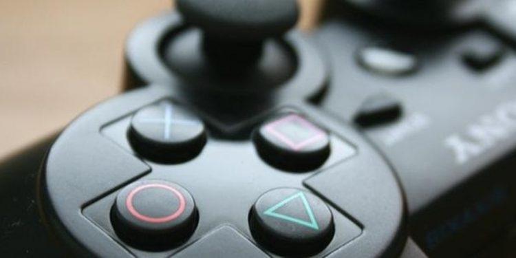 Sony PlayStation 2 20. Yaşını Kutluyor!
