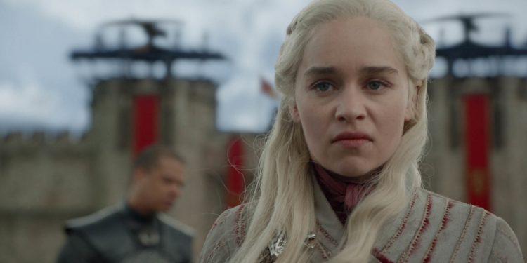 daenerys game of thrones'un sonu