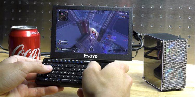 dünyanın en küçük oyun bilgisayarı