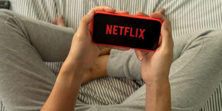 Netflix Ekim 2020 Dizileri ve Filmleri / Netflix Ekim 2020'de Çıkacak Diziler ve Filmler